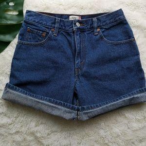 VTG LEVIS denim shorts